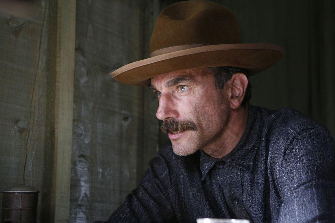 Daniel Plainview (Daniel Day-Lewis) wird zu einem reichen und skrupellosen Ölmagnaten, der von Hass und Ehrgeiz getrieben ist ... - Bildquelle: Buena Vista International