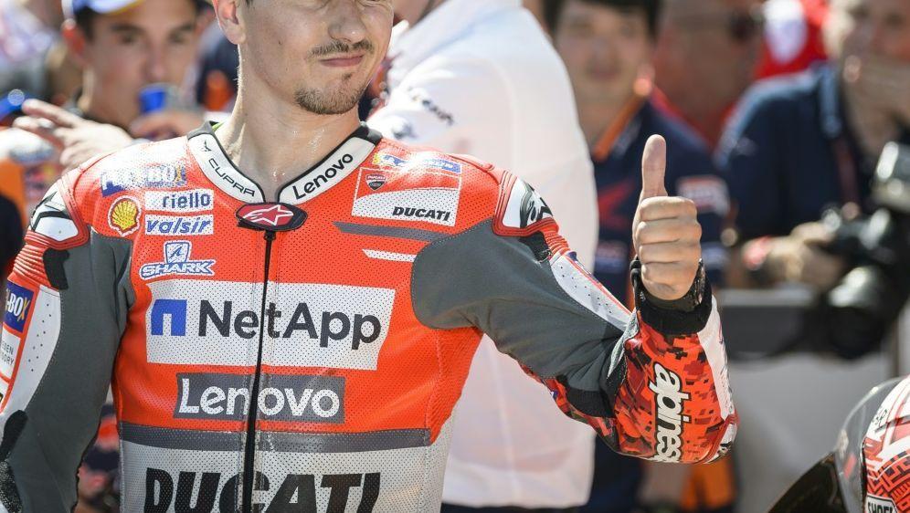 MotoGP: Jorge Lorenzo feiert seinen dritten Saisonsieg - Bildquelle: AFPSIDJure Makovec