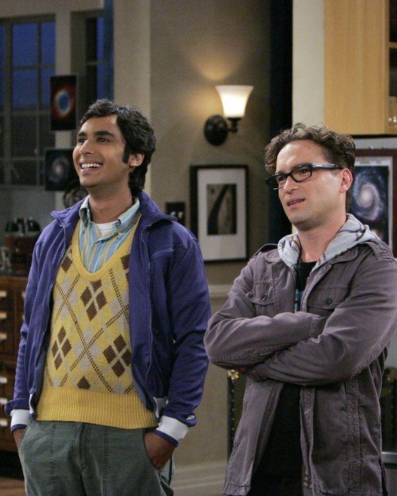 Können nicht glauben, dass Howard mit Christy Sex hatte: Leonard (Johnny Galecki, r.) und Rajesh (Kunal Nayyar,l.) ... - Bildquelle: Warner Bros. Television