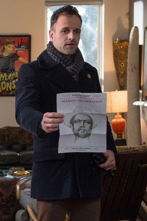 Auf der Jagd nach einem Killer: Holmes (Jonny Lee Miller) ... - Bildquelle: CBS Television