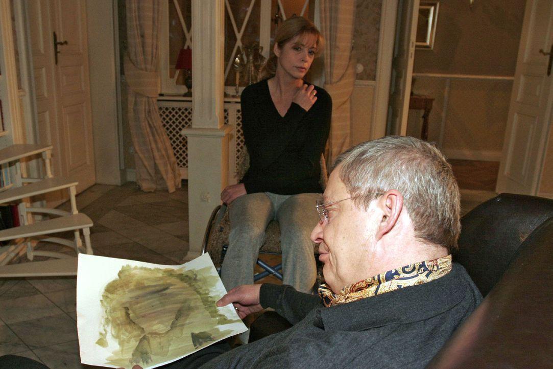 Laura (Olivia Pascal, l.) registriert, wie sehr Friedrich (Wilhelm Manske, r.) unter ihrer Krankheit leidet. - Bildquelle: Monika Schürle Sat.1