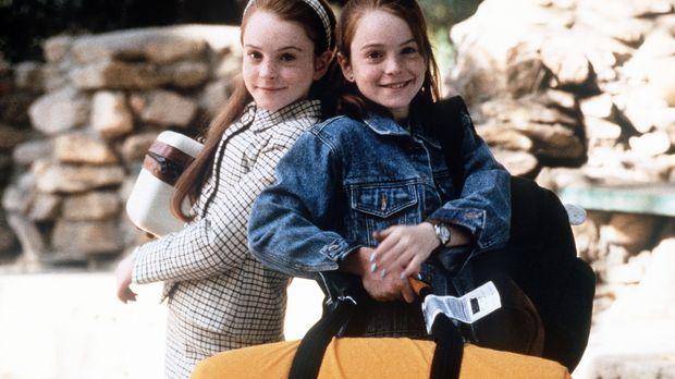 Hallie (Lindsay Lohan, l.) und Annie (Lindsay Lohan, r.), die einander wie ei...