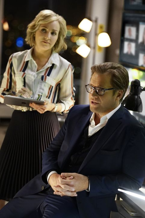 Um den Fall zu gewinnen, müssen sie die Geschworenen und ihre Gedanken kennen - so wissen Bull (Michael Weatherly, r.) und Marissa (Geneva Carr, l.)... - Bildquelle: David M. Russell 2016 CBS Broadcasting, Inc. All Rights Reserved.