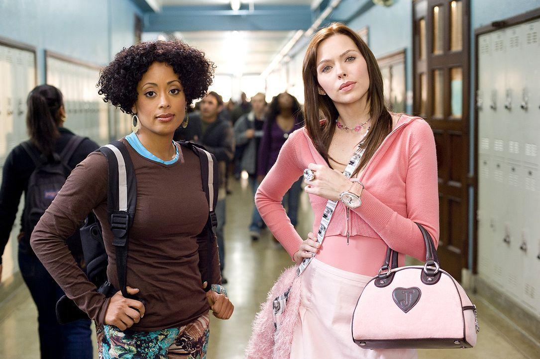 Ein verlorenes Crew-Dance-Battle sorgt dafür, dass Megan (Shoshanna Bush, r.) und Charity (Essence Atkins, l.) noch einmal gegen ihre Gegner antret... - Bildquelle: 2008 PARAMOUNT PICTURES CORPORATION