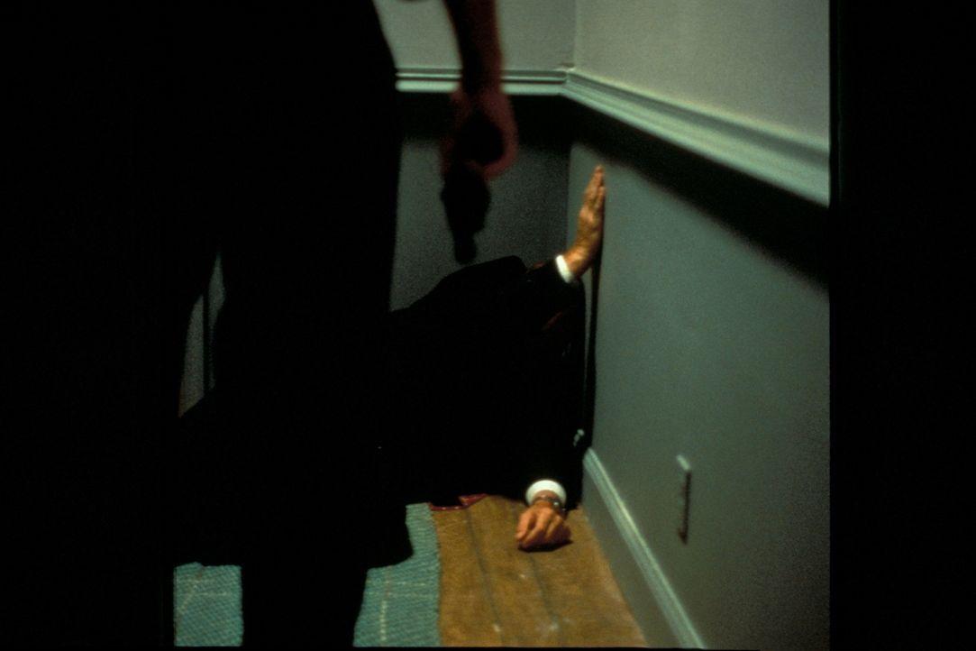 Ist der Millionär Frank Black von seinem ärgsten Konkurrenten ermordet worden? - Bildquelle: New Dominion Pictures, LLC