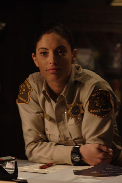 Leidet an Wahnvorstellungen: Jo Lupo (Erica Cerra) ... - Bildquelle: Universal Television