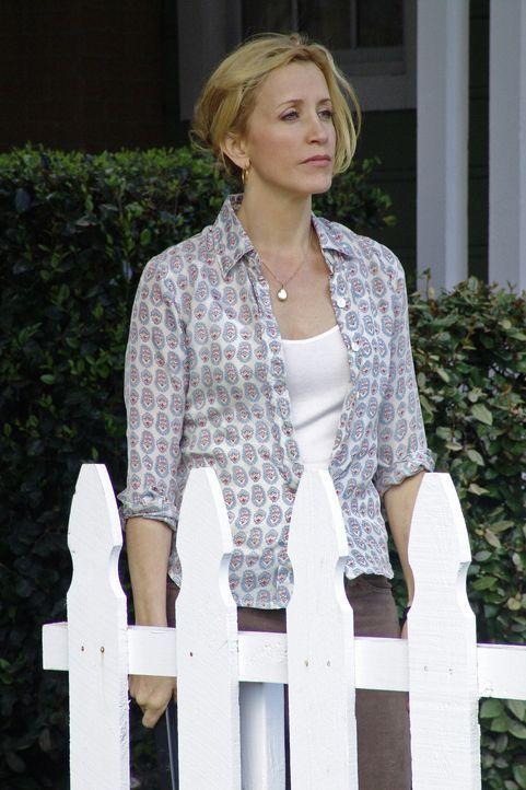 Die Freundschaft zu neuen Nachbarin Mrs. McClusky entpuppt sich für Lynette (Felicity Huffman) als ziemlich stressig... - Bildquelle: Touchstone Television