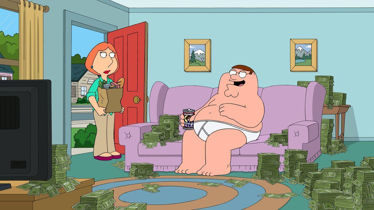 Lois (l.) und Peter (r.) wissen nicht, was sie mit dem ganzen Geld anfangen sollen, bis Peter ein verlockendes Angebot bekommt ... - Bildquelle: 2011 Twentieth Century Fox Film Corporation. All rights reserved.