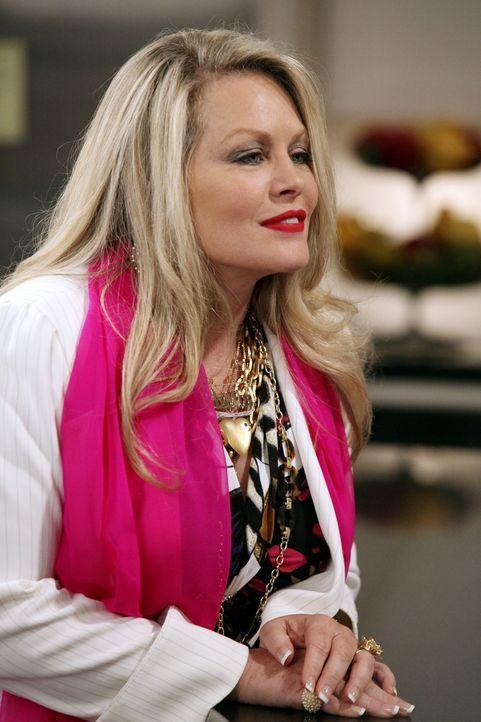 Kann Sheila (Beverly D'Angelo) ihre Tochter von ihren Mutter-Qualitäten überzeugen? - Bildquelle: 2009 ABC INC.