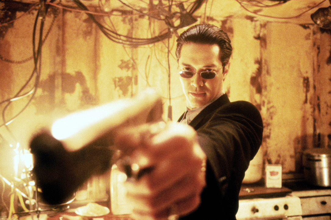 Verfolgt einen mörderischen Plan: Kai (Russell Wong) ... - Bildquelle: Warner Bros. Pictures