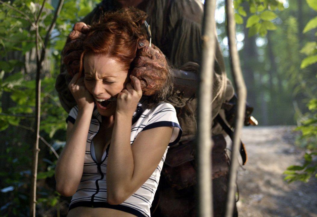 Zur falschen Zeit am falschen Ort: Francine (Lindy Booth) ... - Bildquelle: Constantin Film Produktion GmbH