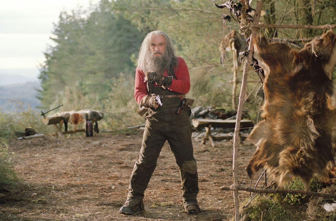 Der exzentrische Bergbewohner Del Knox (Burt Reynolds) hat zwei Möglichkeiten: Entweder führt er die Schatzsucher zurück in die Zivilisation oder er... - Bildquelle: Paramount Pictures