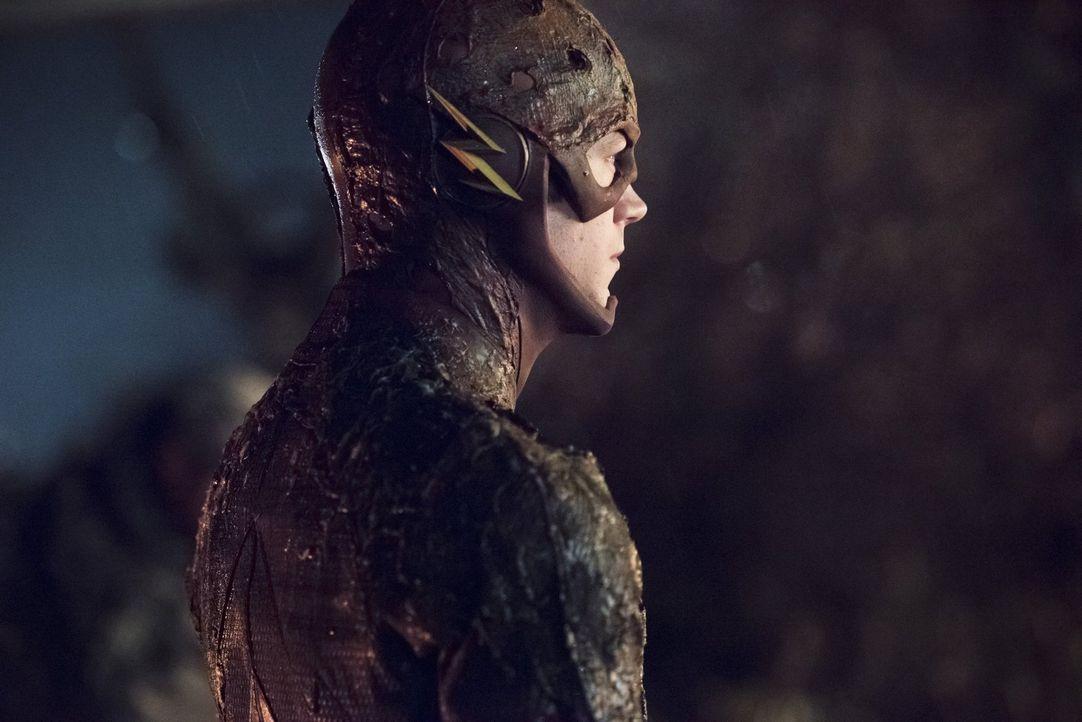 Barry alias The Flash (Grant Gustin) muss sich einem wahnhaften General Eiling entgegenstellen ... - Bildquelle: Warner Brothers.