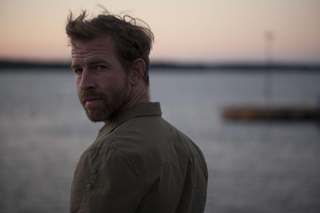 Max Hardberger (Matthew Alan Taylor) bekämpft Seeräuber, die Mafia und alle anderen, die Schiffe gekapert haben. - Bildquelle: DHH Productions Inc.