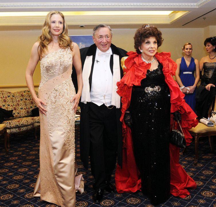 Mira-Sorvino-Richard-Lugner-Gina-Lollobridigda-13-02-07-dpa - Bildquelle: dpa