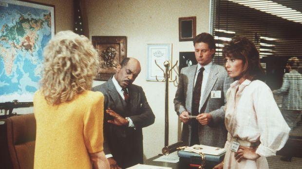 (v.l.n.r.) Francine (Martha Smith), Billy (Mel Stewart), Lee (Bruce Boxleitne...
