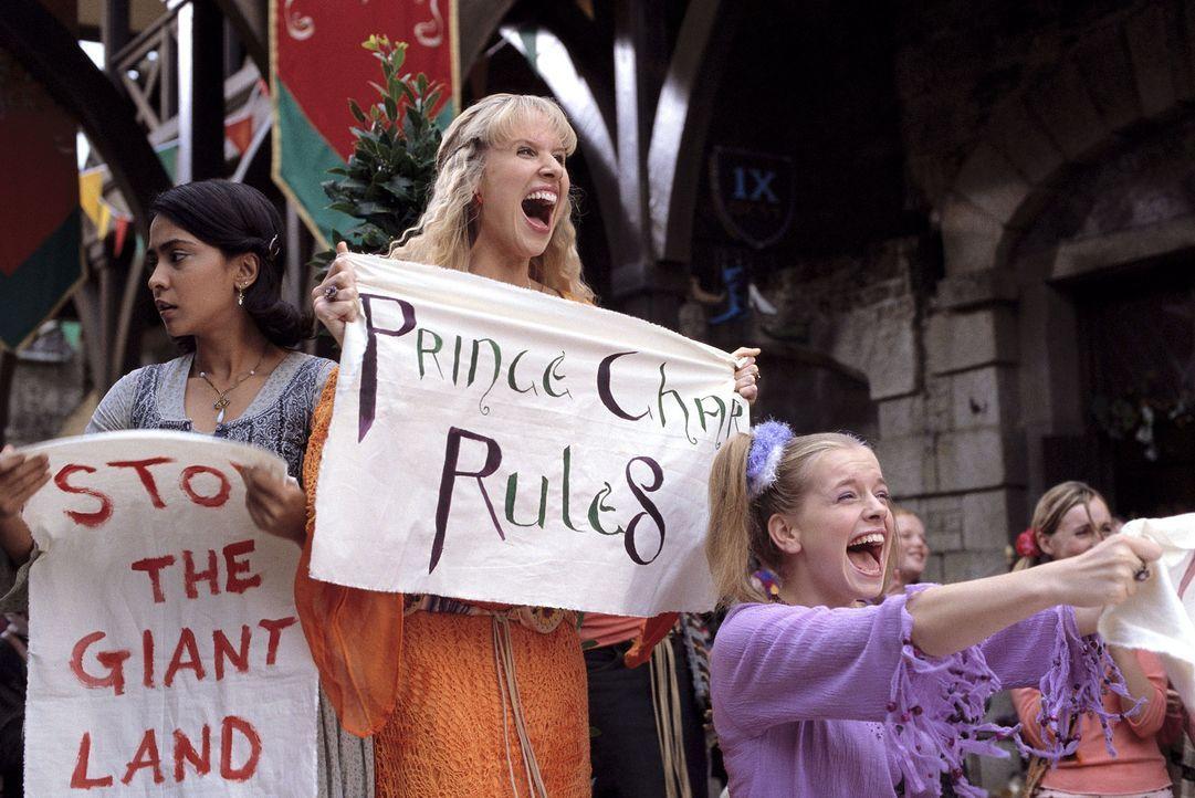 Wo Prince Charmont auftaucht, lässt sein Fanclub nicht lange auf sich warten ... - Bildquelle: Miramax Films. All rights reserved