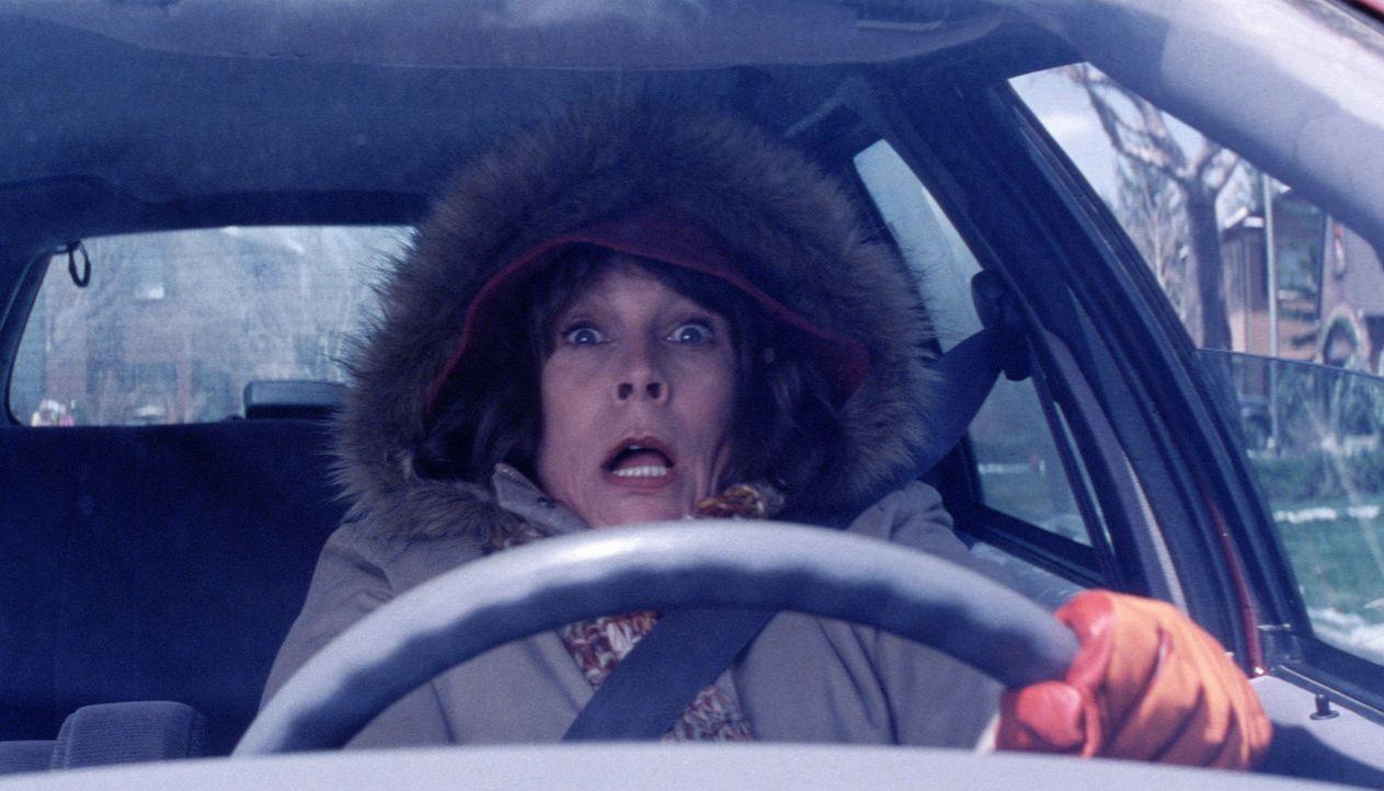 Nora Krank (Jamie Lee Curtis) und ihr Mann haben vor, das diesjährige Weihnachten ausfallen zu lassen und stattdessen eine Kreuzfahrt zu machen. Do... - Bildquelle: 2004 Revolution Studios Distribution Company, LLC. All Rights Reserved.