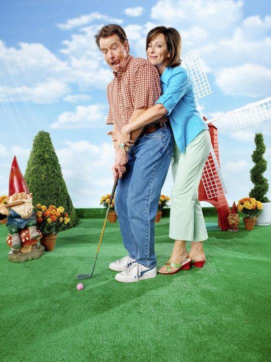 (7. Staffel) - Haben mit ihrem Nachwuchs oft nichts zu lachen: Mutter Lois (Jane Kaczmarek, r.) und Vater Hal (Bryan Cranston, l.) ... - Bildquelle: TM +   2000 Twentieth Century Fox Film Corporation. All Rights Reserved.