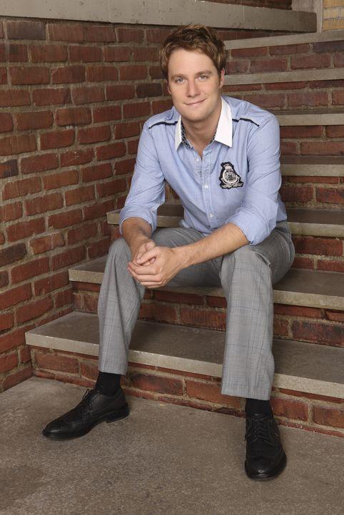 (4. Staffel) - Evan (Jake McDorman) ist der charismatische, zielstrebige Sohn einer wohlhabenden Familie und Mitglied der Verbindung Omega Chi, der... - Bildquelle: 2009 DISNEY ENTERPRISES, INC. All rights reserved. NO ARCHIVING. NO RESALE.