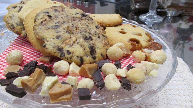 Drei verschiedene Variationen der XXL-Cookies zaubert uns Enie. Ein gaumensch...