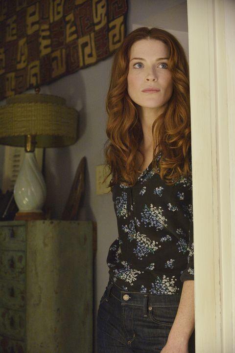 Ihre Gefühle fahren Achterbahn: Alex (Bridget Regan) trifft nach Jahren ihren totgeglaubten Verlobten wieder ... - Bildquelle: 2012 The CW Network. All Rights Reserved.