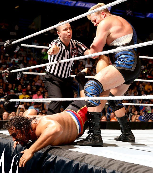 SmackDown 30. August12