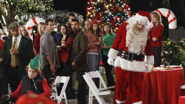 Die Bewohner der Wisteria Lane feiern die alljährliche Weihnachtsfeier ... ©...