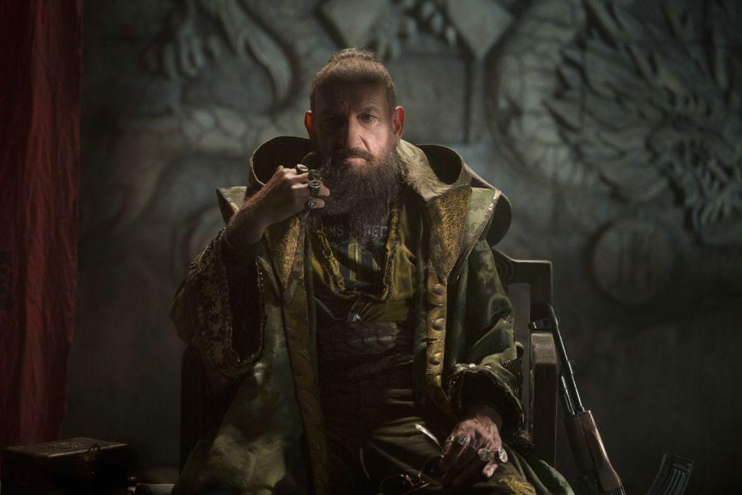 Er nennt sich Mandarin (Ben Kingsley) und ist scheinbar für die Terroranschläge verantwortlich, die die Welt erschüttern und hunderte von Menschen d... - Bildquelle: TM &   2013 Marvel & Subs. All Rights Reserved.