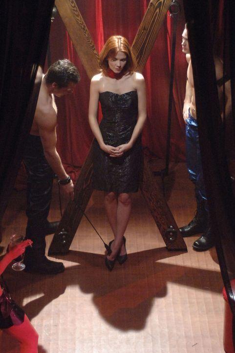 Tess (Allison Lange) zieht sich an wie Holly, färbt sich die Haare wie Holly - welchen Zweck verfolgt sie damit und was hat der Besuch eines New Yor... - Bildquelle: 2005 Sony Pictures Home Entertainment Inc. All Rights Reserved.