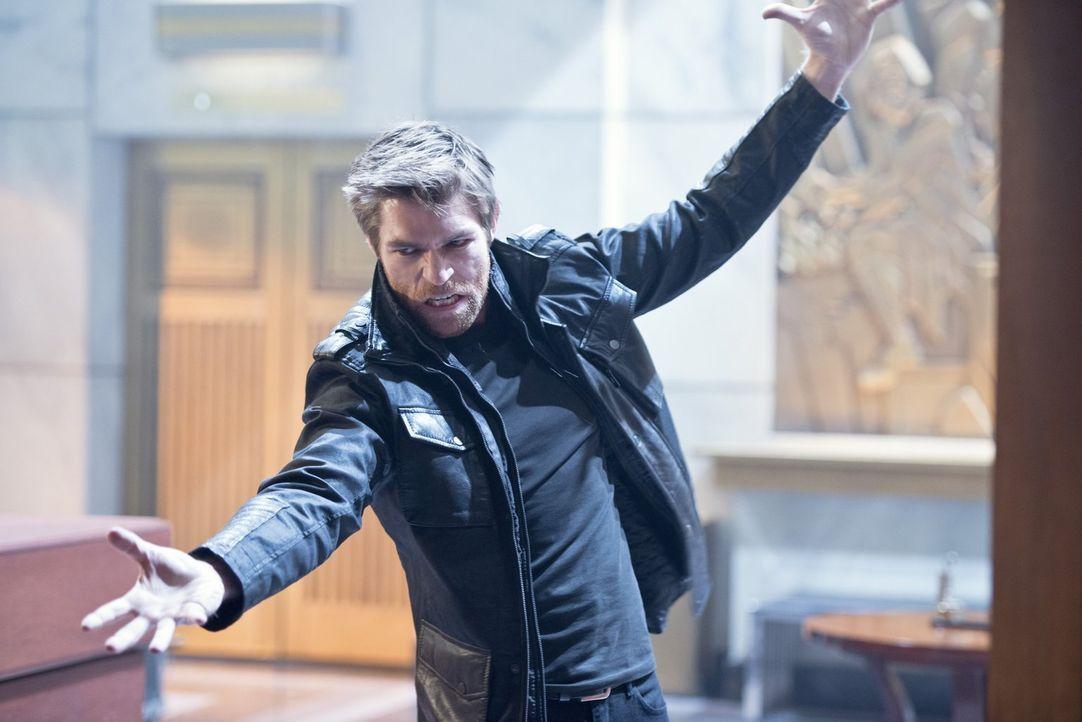 Mark Mardon alias Weather Wizard (Liam McIntyer) kehrt nach Central City zurück, um den Tod seines Bruders zu rächen ... - Bildquelle: Warner Brothers.