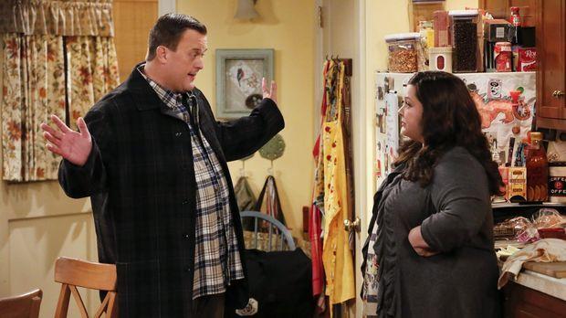 Als Molly (Melissa McCarthy, r.) erfährt, dass Mike (Billy Gardell, l.) schon...