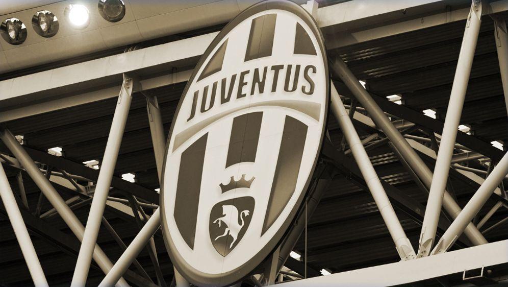 Juventus Turin präsentiert neues Logo