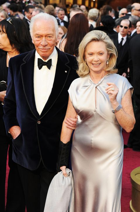 christopher-plummer-elaine-taylor-12-02-26-2-getty-afpjpg 1319 x 1990 - Bildquelle: getty-AFP