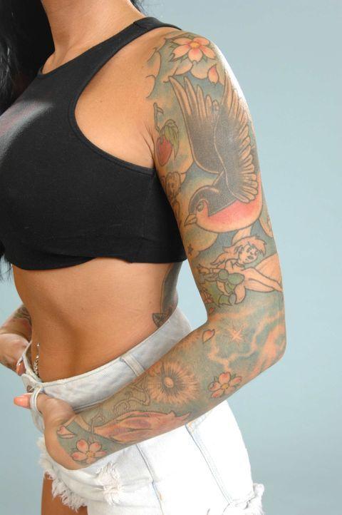 Tattoos von Lusy: Arm - Bildquelle: sixx / Stefan Menne