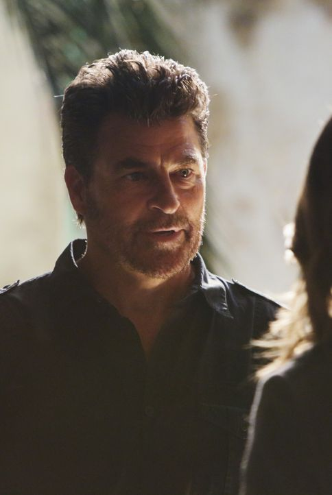 Weiß Brock Harmon (Ted McGinley) mehr über den Tod von Lance Delorca als er zugibt? Das Team um Castle und Beckett versucht alles, um dahinter zu ko... - Bildquelle: ABC Studios