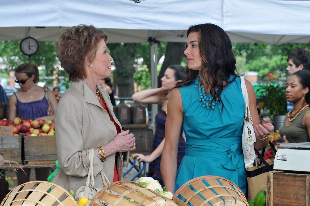 Bei Wendy (Brooke Shields, r.) ist alles in bester Ordnung, bis plötzlich ihre starrköpfige Mutter (Mary Tyler Moore, l.) auftaucht ... - Bildquelle: NBC, Inc.