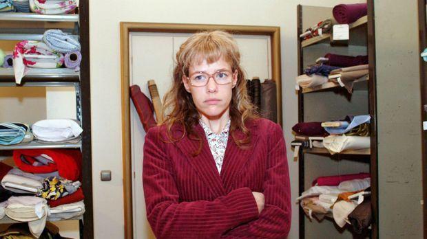 Lisa (Alexandra Neldel) ist frustriert, dass David sie für den Einkauf der Bi...
