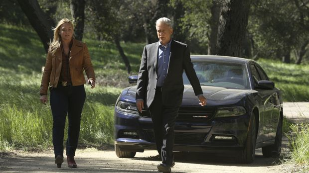 Zusammen mit der Polizistin May Dawson (Elisabeth Röhm, l.) setzt Gibbs (Mark...