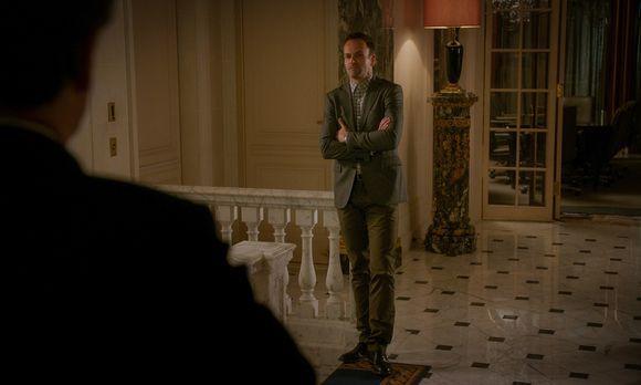 Elementary - Endlich hatte Holmes (Jonny Lee Miller) sich durchgerungen, Frie...