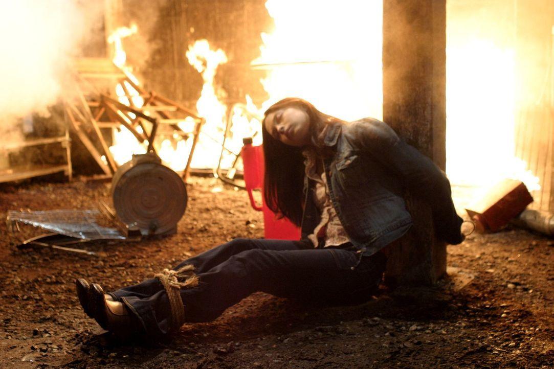 Lana (Kristin Kreuk) schwebt in Lebensgefahr. Wird Clark rechtzeitig zur Stelle sein, um das Schlimmste zu verhindern? - Bildquelle: Warner Bros.
