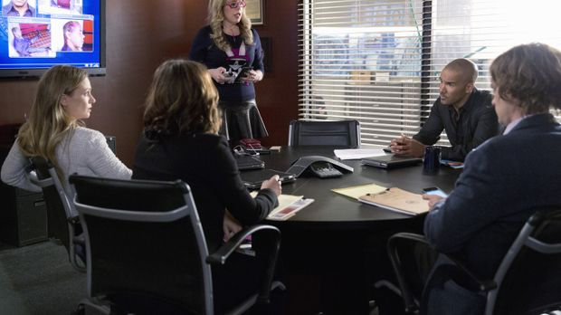 Ein neuer Fall wartet auf das BAU-Team: JJ (AJ Cook, l.), Kate (Jennifer Love...