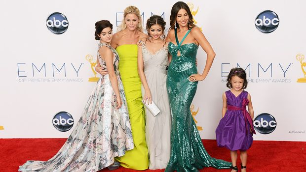 emmy-awards-Bowen-Winter-Anderson-Emmons-Hyland-Vergara-12-09-23-getty-AFP - Bildquelle: getty-AFP
