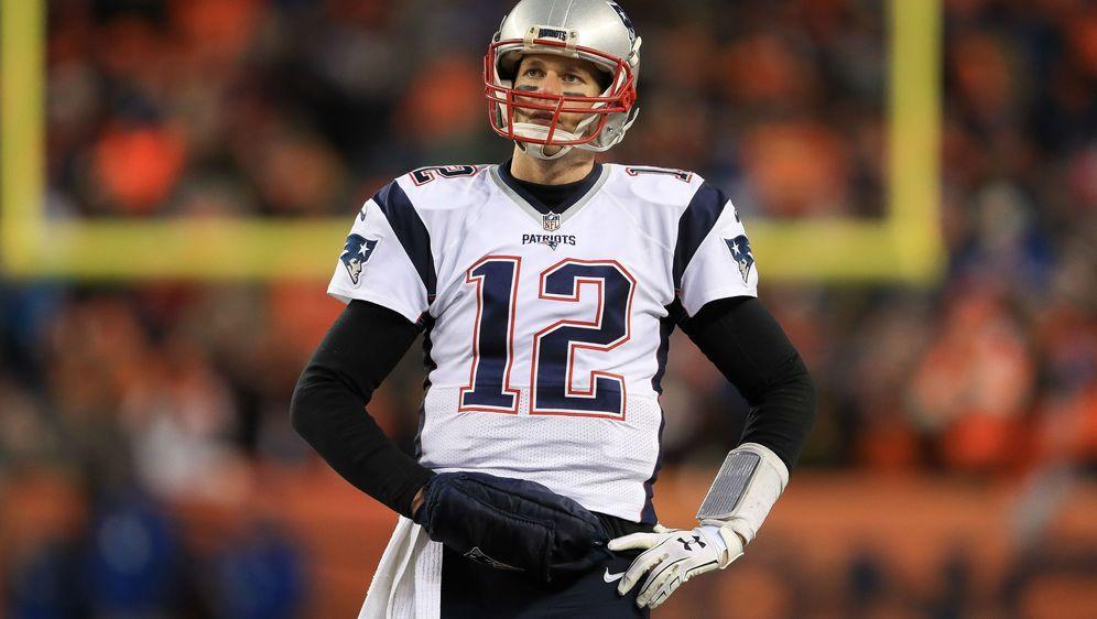Weihnachts-Gewinnspiel: Trikot von Tom Brady zu gewinnen