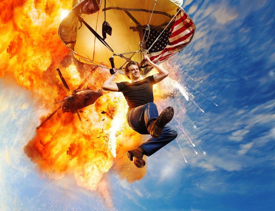(1. Staffel) - Angus MacGyver (Lucas Till) ist ein etwas anderer Held ... - Bildquelle: 2016 CBS Broadcasting, Inc. All Rights Reserved