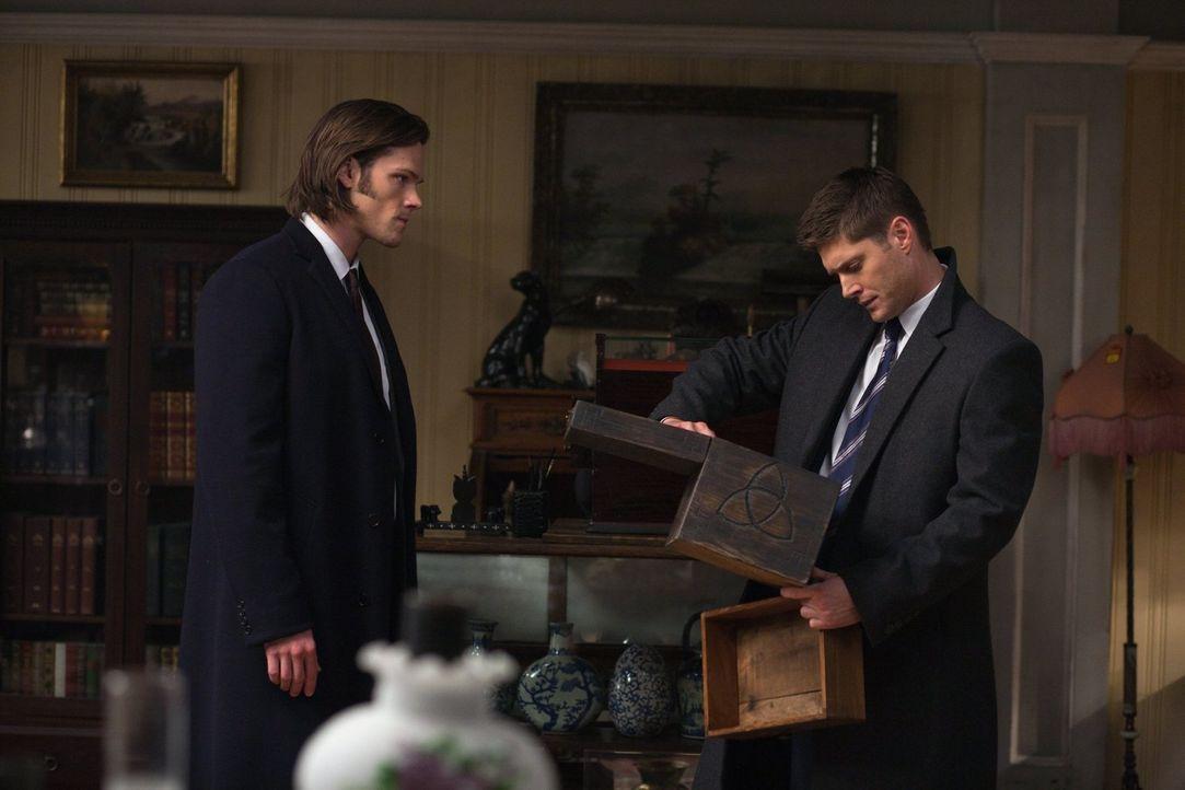 Eine Ballerina tanzt sich zu Tode. Als Dean (Jensen Ackles, r.) und Sam (Jared Padalecki, l.) in dem Fall ermitteln, finden sie heraus, dass ihre Ba... - Bildquelle: Warner Bros. Television