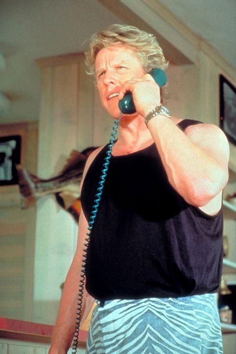 Ty Moncrief (Gary Busey), ehemaliger Drogenfahnder, ist der Anführer einer verwegenen Fallschirmspringertruppe. Eines Tages plant er einen wahnwitzi... - Bildquelle: Paramount Pictures