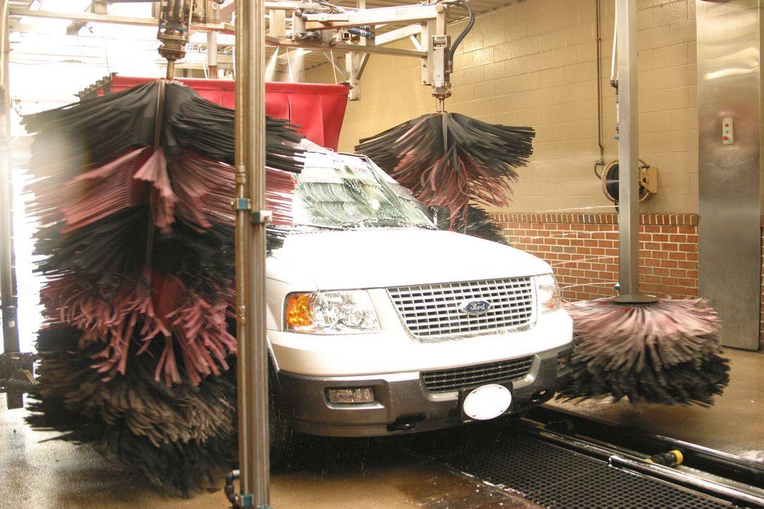 """Autowaschanlagen sind ein Millionengeschäft - doch wie funktionieren sie eigentlich? """"Moderne Wunder"""" blickt hinter die Kulissen der größten Waschan... - Bildquelle: Courtesy Actuality Productions"""