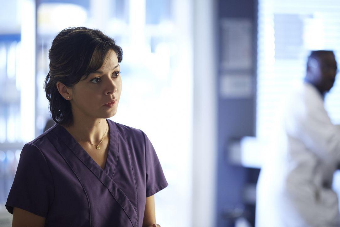 Während sich Maggie (Julia Taylor Ross) mit dem ganz normalen Wahnsinn der Pädiatrie abfinden muss, hilft Joel in der Praxis von Selena aus, als die... - Bildquelle: Ken Woroner 2014 Hope Zee Three Inc.