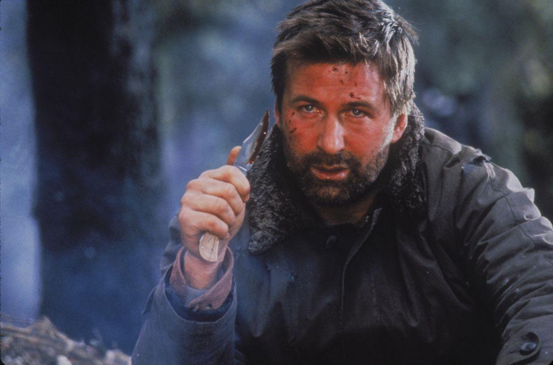 Der Kampf ums Überleben in der Wildnis Alaskas wird für ihn zur größten Herausforderung seines Lebens: Modefotograf Robert Green (Alec Baldwin) ...... - Bildquelle: kabel eins